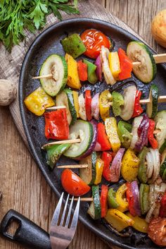Poking around for something different for dinner? Try vegetable skewers for a great way to get your greens, and oranges!