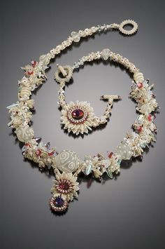 by Laurel Kubby, finalist in Bead Dreams competition, 2007465 x 700 | 229.5 KB | downtowniowacity.com