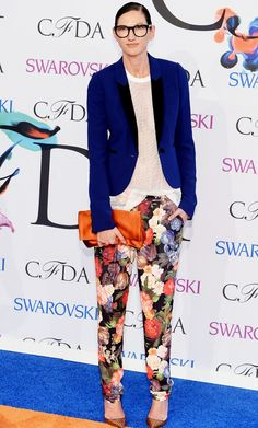 Jenna Lyons The creative director of J.Crew has crafted an entire aesthetic based on the super-sleek menswear-inspired looks she prefers. From a good tuxedo jacket to a well-fitting trouser to her signature oversized spectacles, she's turned herself into an icon in a matter of only a few years.