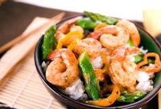 chili shrimp and asparagus stir fry | skinnytaste. gluten free except the soy sauce.