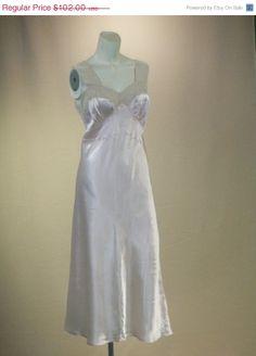 SuperSale Vintage 1940s MAKE YOU BLUSH Pale by RedLabelVintage, $71.40