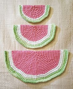 Watermelon Slice Wash Cloths - free Tunisian crochet pattern by Sofiya Cremin.