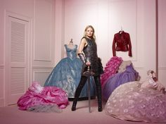 Emma Swan - Once Upon a Time - ABC<<< I want to do this for my grad photo!!! it'd be so fun!!!
