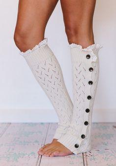 Гетры можно надевать не только на ботинки, но и на туфли.