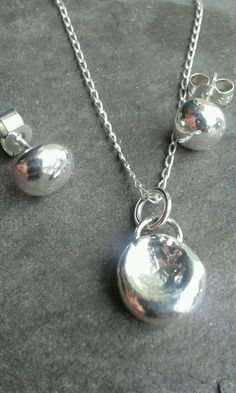 Beautiful Handmade 925 Solid Sterling Silver Pendant /Necklace  & Earring Set