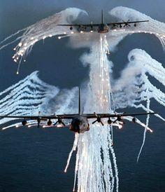 Smoke from AC-130 looks like a majestic bald eagle : MURICA