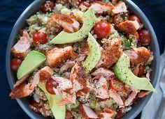 Heb je na al die zware kerstdiners behoefte aan een wat lichtere maaltijd vanavond? Snappen we. Kies daarom vandaag voor een easy, healthy quinoasalade.