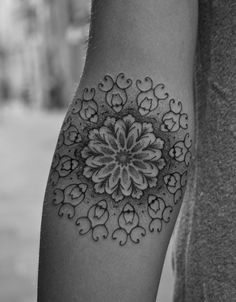 jorge-teran-mandala-ltw-tattoo-studio-barcelona-procured-design