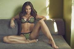 8 Celebrities Rumored To Be Bad In Bed http://omfgtrue.com/1544220-5176382