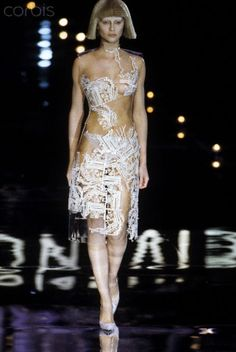 Alexander McQueen for Givenchy Fall/Winter 1999