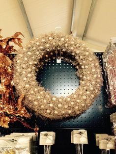 Golden and coppery wreath.