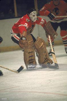 Blackhawks Hockey, Chicago Blackhawks, Goalie Mask, Cool Masks, Hockey Games, Nfl Fans, Cold Steel, Detroit Red Wings, Good Ol