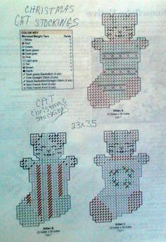 Cat Christmas stockings pattern plastic canvas 2-2