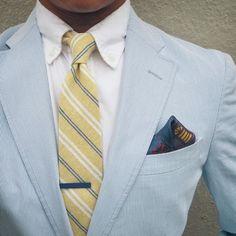 Blues + Yellows For Superb Spring Fashion