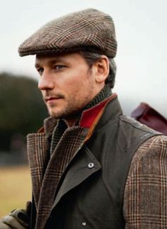 It's open season on tweed and tartan sport coats. Go forth and wear wool. Country Attire, Country Outfits, Country Fashion, English Gentleman, Gentleman Style, Tweed, Tartan, Look Fashion, Mens Fashion