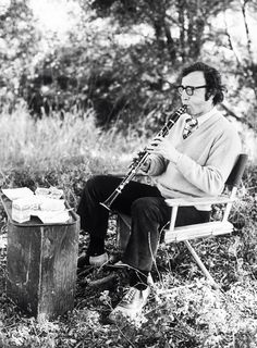 Woody Allen plays the clarinet during a break in filming on the set of Everything You Always Wanted to Know About Sex but Were Afraid to Ask, Woody Allen, Foto Poster, Diane Keaton, Great Smiles, Lady And Gentlemen, I Movie, Movie Theater, Film Stills, Film Director