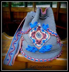 crochet purse//tunisian base with designs added