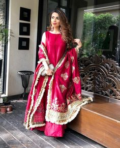 😍 Karwachauth special launch 😍😍😍 PG new exclusive launch. Wanna look like Beautiful bride this… Shadi Dresses, Pakistani Formal Dresses, Pakistani Dress Design, Pakistani Outfits, Indian Outfits, Bridal Mehndi Dresses, Bridal Outfits, Eid Outfits, Designer Party Wear Dresses