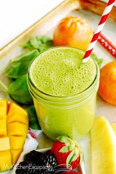 How to Make the Best Green Smoothie - My Kitchen Escapades