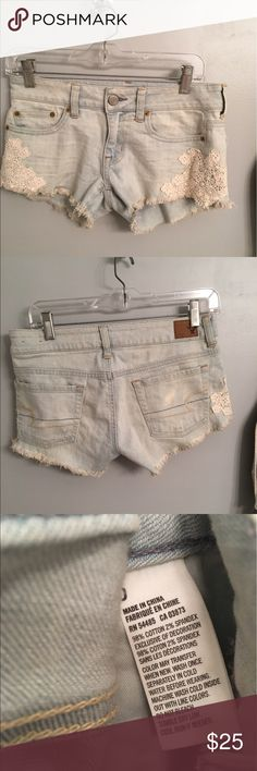 American Eagle shorts American Eagle shorts with lace on pockets, really cute but too big for me American Eagle Outfitters Shorts Jean Shorts