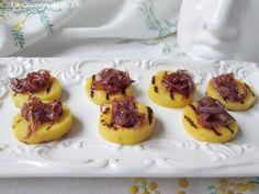 LA polenta-grigliata-con-cipolle-di-tropea-caramellate-@lacucinadiasi