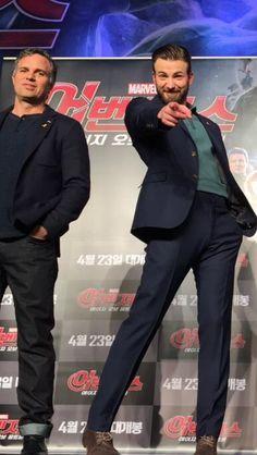 Chris Evans & Mark Ruffalo, Age of Ultron press tour