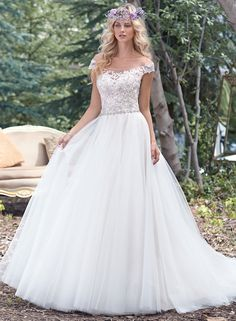 Disney wedding dresses   Fairytale wedding dresses   www.weddingsite.co.uk