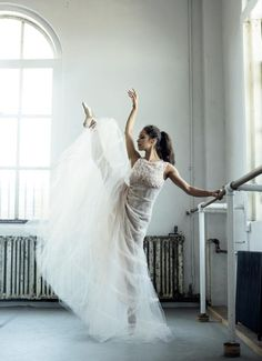 Oscar de la Renta — Misty Copeland radiates beauty and grace in an...
