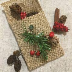Christmas pot pourri pouch / gift bag / by BunnybearDesignsUK
