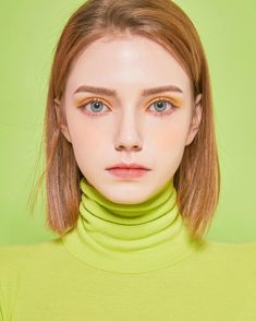 10 Teen Makeup that are Perfect for Daily Activities - Looking for teen makeup inspiration? Here are ten ideas that you can wear daily! Enhance your natural beauty and be done in seconds! Girl Face, Woman Face, Photography Women, Portrait Photography, Makeup For Teens, Teen Makeup, Model Face, Female Portrait, Drawing People