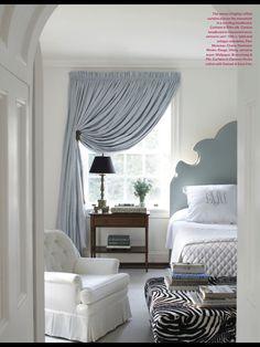 <3  Curtain ...