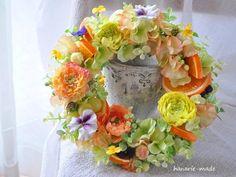 ハンドメイドマーケット minne(ミンネ)| ラナンキュラスとオレンジ: wreath