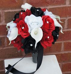 """10"""" Bouquet: Rose Calla lily Bouquet.Black,Apple Red,and White"""