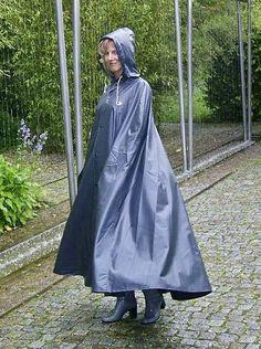 Plastic Raincoat, Pvc Raincoat, Blonde Jungs, Capes, Rain Cape, Rubber Raincoats, Hooded Cloak, German Girls, Raincoats For Women