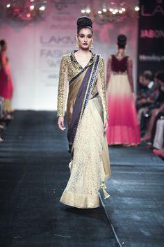 Vikram Phadnis Fall/Winter 2014-15. White and navy blue desginer sari. #sari #whitesari #designersari