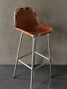 perriand kruk -+-loft-+-industrieel-+-retro-en- vintage-design-meubels