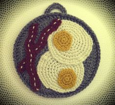 Free Eggs & Bacon Potholder Crochet Pattern. My sister would crochet this but not cook it. Haha