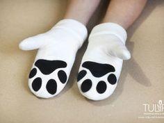 Потому что у тебя лапки: шьем милые варежки из флиса - TULIP Термотрансферы & фетр - Ярмарка Мастеров Cat Party, Mittens, Baby Shoes, Slippers, Boho, Crafts, Handmade, Clothes, Baby Boy