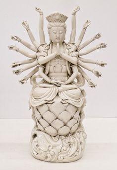 Fine Chinese Thousand Arm Guanyin Blanc de Chine : Lot 87B