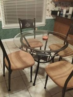 Glass table and chairs, wood bunk bed - $80 (Collierville)