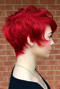 Short Haircuts for Your Thin Hair That Never Go Out of Style ★ See more: http://lovehairstyles.com/short-haircuts-thin-hair/