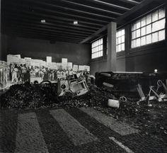 """""""la protesta dei giovani"""" installation XIV Triennale, 1968"""