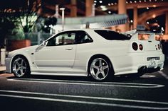 White #GTR at 大黒ふ頭 #NISSAN #JAPAN