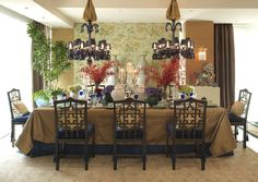 An elegant dining room with oriental touch