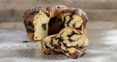 Chocolate babka by Greek chef Akis Petretzikis. A unique delicious sweet bread cake with a wonderful chocolate filling between many impressive layers of dough! Chocolate Babka, Chocolate Filling, Tea Loaf, Babka Recipe, Bread Cake, Easy Cake Recipes, Greek Recipes, Sweet Bread, Bread Baking