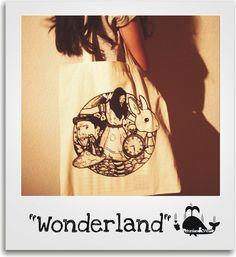 Wonderland - Set • Baumwolltasche • Button ♥ Etsy, T Shirts For Women, Button, Tops, Fashion, Vintage Stuff, Unique Gifts, Tote Bag, Women's T Shirts