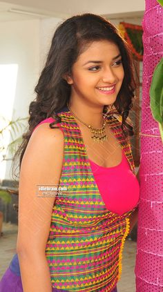 Keerthi Suresh looks ultra sexier in these outfits South Indian Actress Hot, Indian Actress Hot Pics, Indian Bollywood Actress, Bollywood Actress Hot Photos, Bollywood Girls, Beautiful Bollywood Actress, Indian Actresses, Tamil Actress, Bollywood Bikini