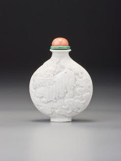 Bonhams : Bloch Collection; Wine and Whisky; Chinese Ceramics, Works of Art & Paintings; Jewelry, Jadeite and Wristwatches and Writing Instruments