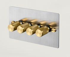 Décor finition en acier inoxydable triple variateur 250 W 3 Gang 2 Way-pas plat plat