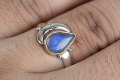 Labradorite Jewellery – Labradorite Ring, Blue Flash Ring, Designer Ring – a unique product by ArtisanJewellery on DaWanda